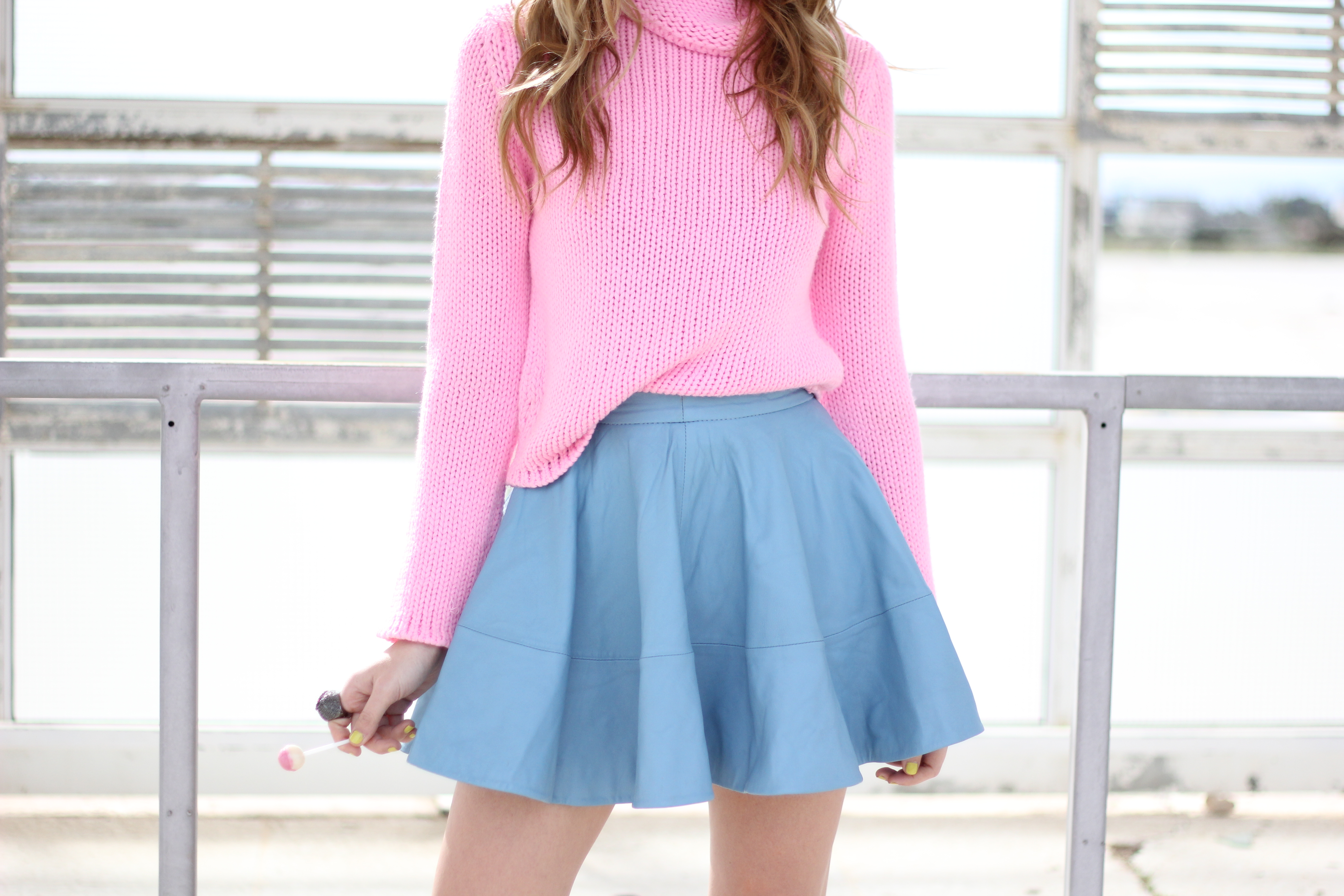 bubblegum pink sweater | all you need is style